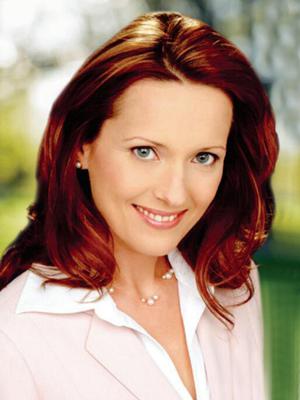 Elena Alexander